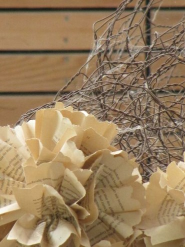 La carta è un elemento decorativo anche con le piante
